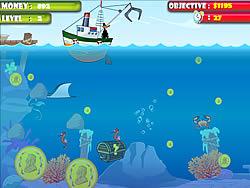 Treasure Hunter in the Sea