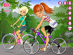 Maria and Sofia Go Biking لعبة
