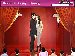 Zanessa Kissing game